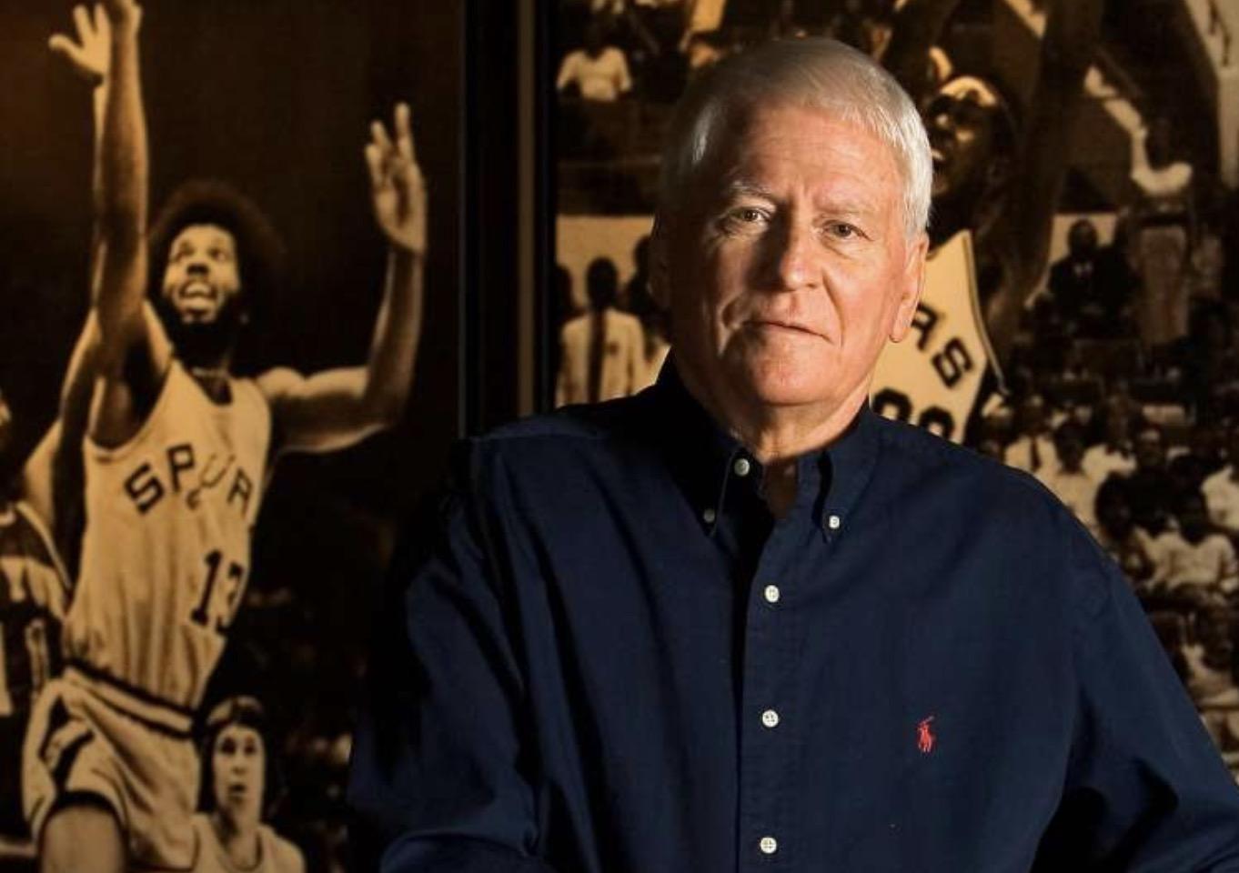 波波维奇:鲍勃-巴斯是职业篮球世界的先驱者