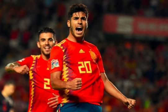 阿森西奥上演助攻帽子戏法,10年来西班牙国家队仅两人