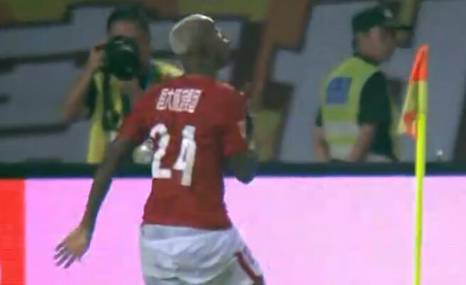 GIF:天河英雄!塔利斯卡补时进球,恒大1-0国安