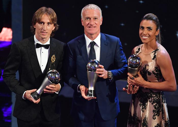 莫德里奇荣膺2018年世界足球先生