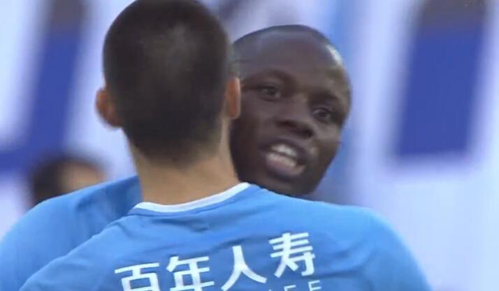 GIF:李帅插上倒三角,穆谢奎破门,一方1-1苏宁