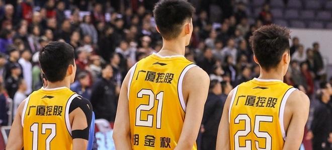 广厦结束新季前最后热身,李春江:再埋头苦练一下