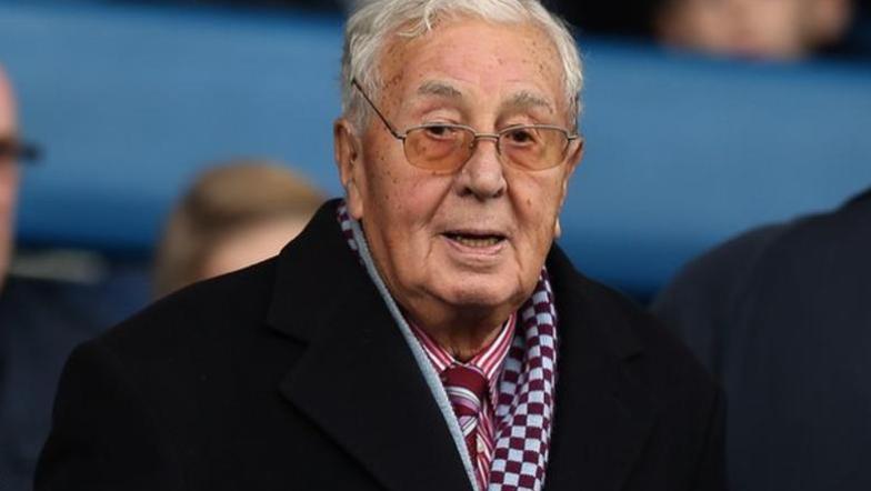 维拉荣誉主席埃利斯离世,享年94岁