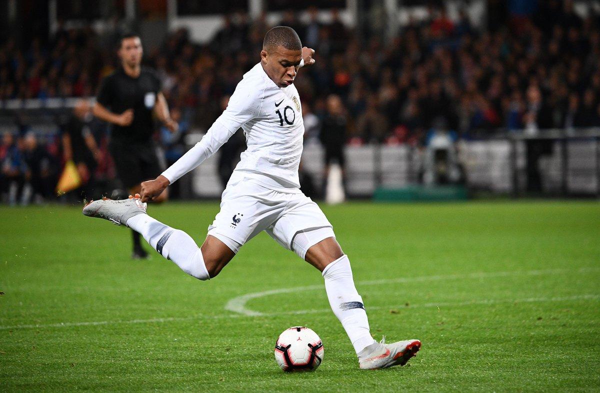 厉害到无语,姆巴佩成首位在20岁前就为法国进10球的球员