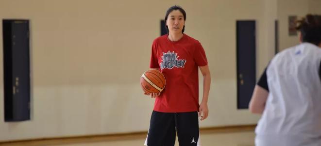 福尔斯离队、张帆担任助教,北京女篮全力备战新赛季