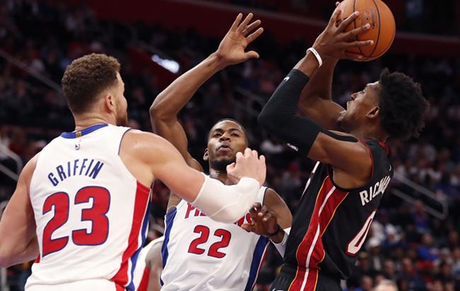 理查德森谈高效表现:保持侵略性,抓住投篮机会
