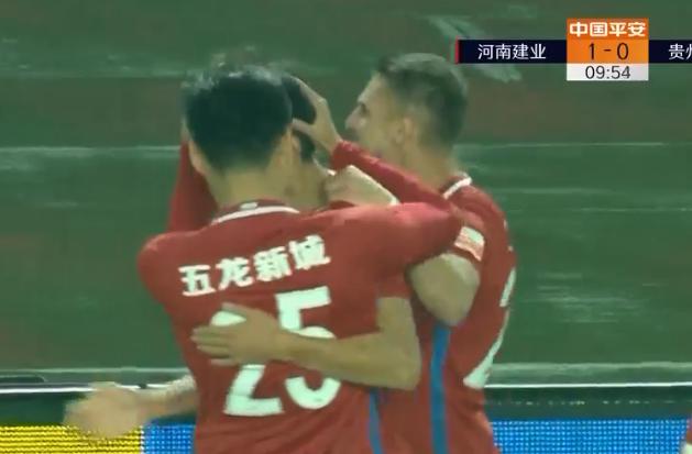 新浪体育nba直播 GIF:王上源杨阔先后破门!建业2-0贵州