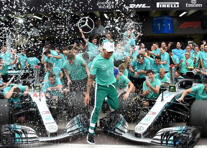 汉密尔顿谈夺冠:这是我和车队最好的时刻