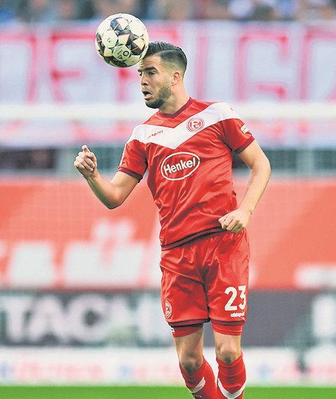 杜塞后卫:和拜仁比赛是梦想成真, 最期待防罗本