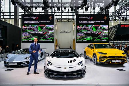 兰博基尼Aventador SVJ震撼亮相广州车展