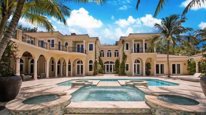 北京视频. 泰勒- 以 435万美元卖掉迈阿密南郊豪宅