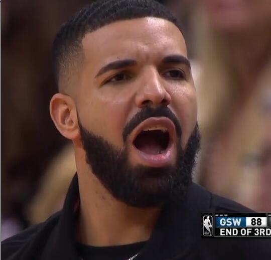 杜兰特命中超远三分,Drake张口结舌
