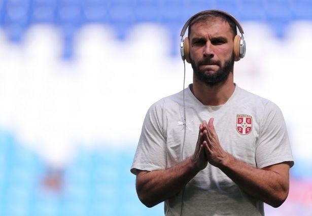 镜报:后防告急,巴塞罗那考虑孔帕尼和伊万诺维奇