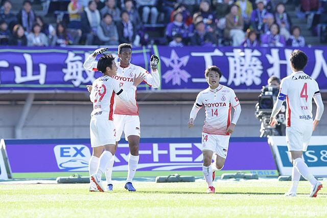 真大腿!前苏宁外援若获J联赛金靴,帮助球队保级成功