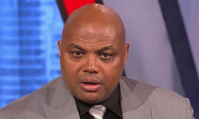 巴克利:哈登也许是NBA中最无法防守的球员