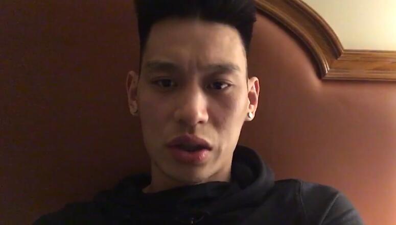 [视频]太难了!林书豪挑战林俊杰10秒绕口令失败