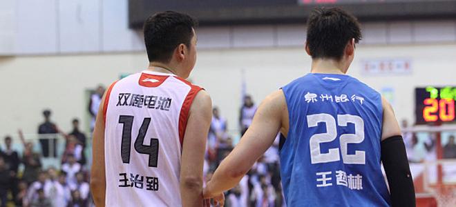 王治郅:王哲林最好先练好两分球再投三分球
