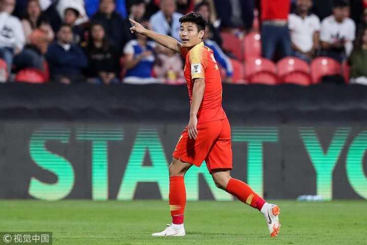 谁说我国足不进球?带伤武磊梅开二度助力国足提前出线