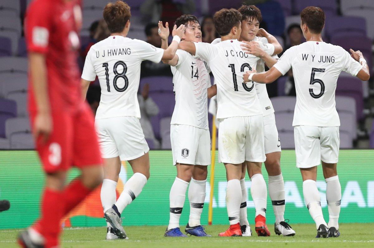 韩国连续7届杀入亚洲杯淘汰赛,前6次仅两获小组第一