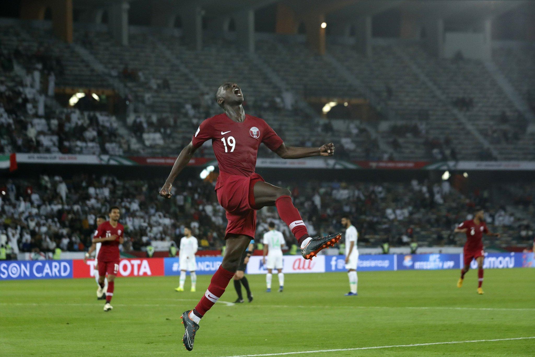 6场8球!阿尔莫兹追平代伊保持的单届亚洲杯进球纪录