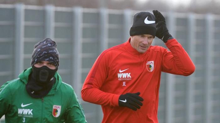 投入训练, 莱曼主要负责奥格斯堡防守工作