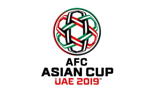 亚洲杯决赛首发:吉田麻也坐镇后防,阿尔莫兹锋线突前