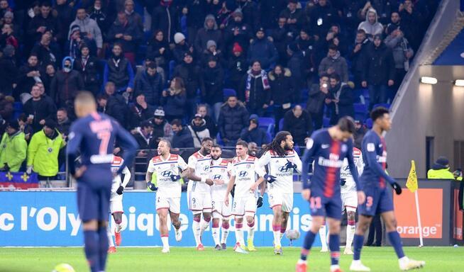 迪马利亚破门席尔瓦送点,巴黎1-2遭里昂逆转联赛首败