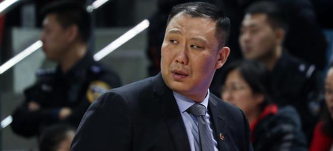 德科告别赛 王晗:篮板球拼抢的意愿比身高更重要
