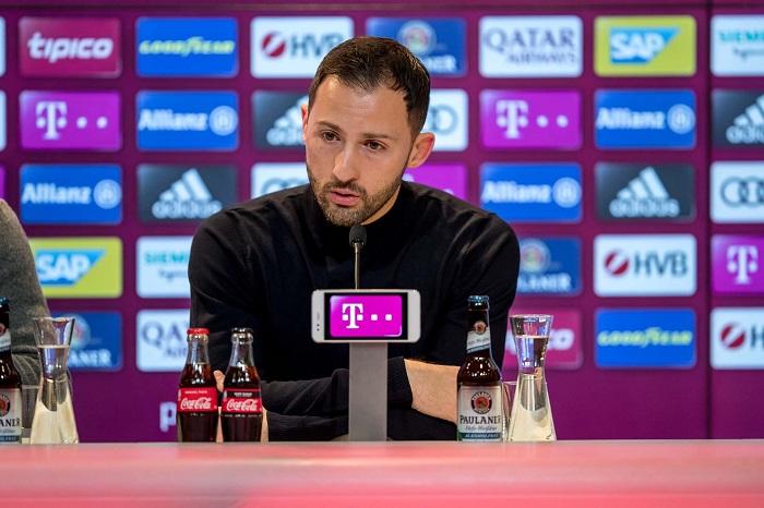 沙尔克少帅:输球是应该的,拜仁显然更加出色