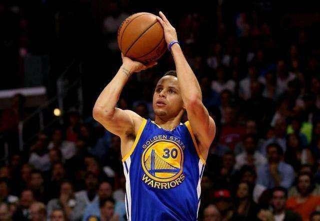 斯蒂芬库里投篮教学_最想获得哪位全明星的技能?史密斯:库里的投篮_虎扑NBA新闻