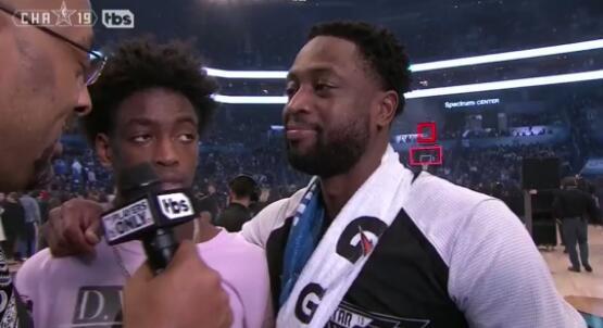 韦德:希望未来儿子能参加全明星赛,我为他拎包拿鞋