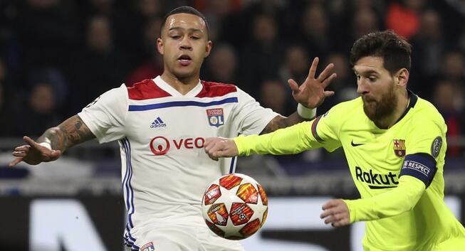 欧冠:梅西苏亚雷斯险破门泰里耶中梁,巴萨客场0-0里昂
