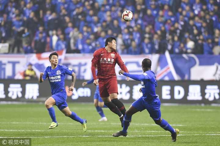 半场:奥斯卡助蔡慧康破门,申花0-1上港