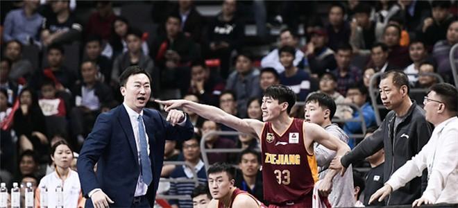 刘维伟:年轻球队就该摆正位置,去冲击每个对手