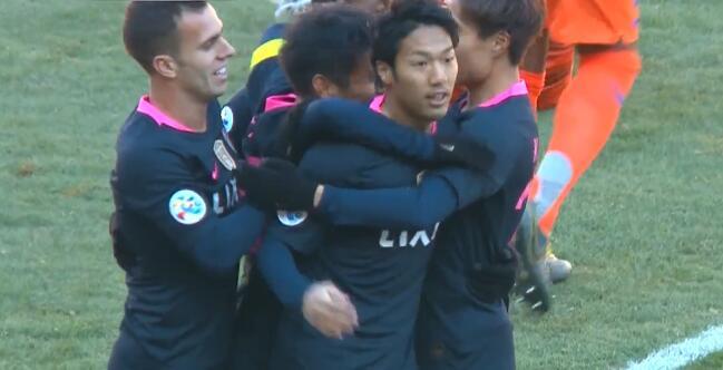 GIF:伊藤翔破门,鹿岛鹿角先下一城比分战成0-1
