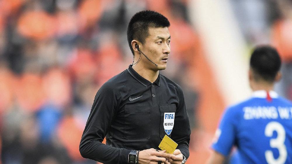 足球报:足协将对傅明争议判罚进行重点评议