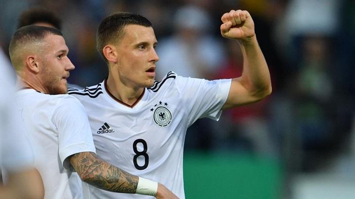 不莱梅主帅:进入德国队是对埃格施泰因特出外现的回报