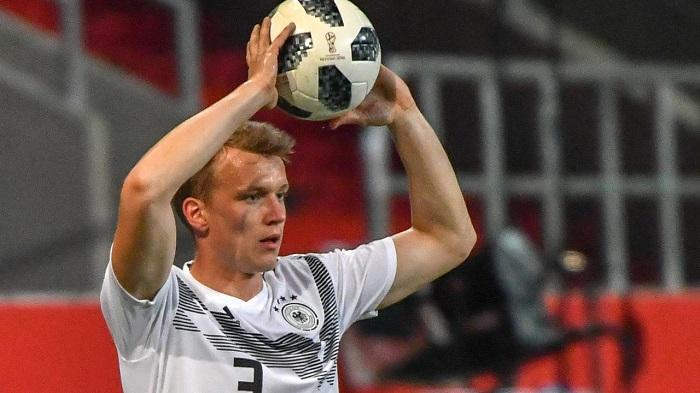 莱比锡边后卫:没想到能进入德国国家队