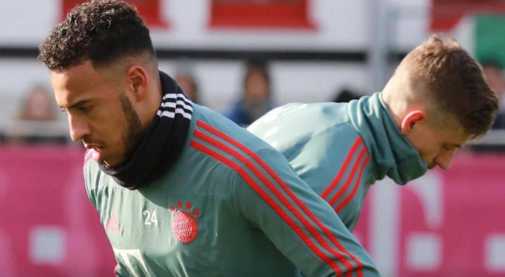 官方:托利索进行伤后首次拜仁合练