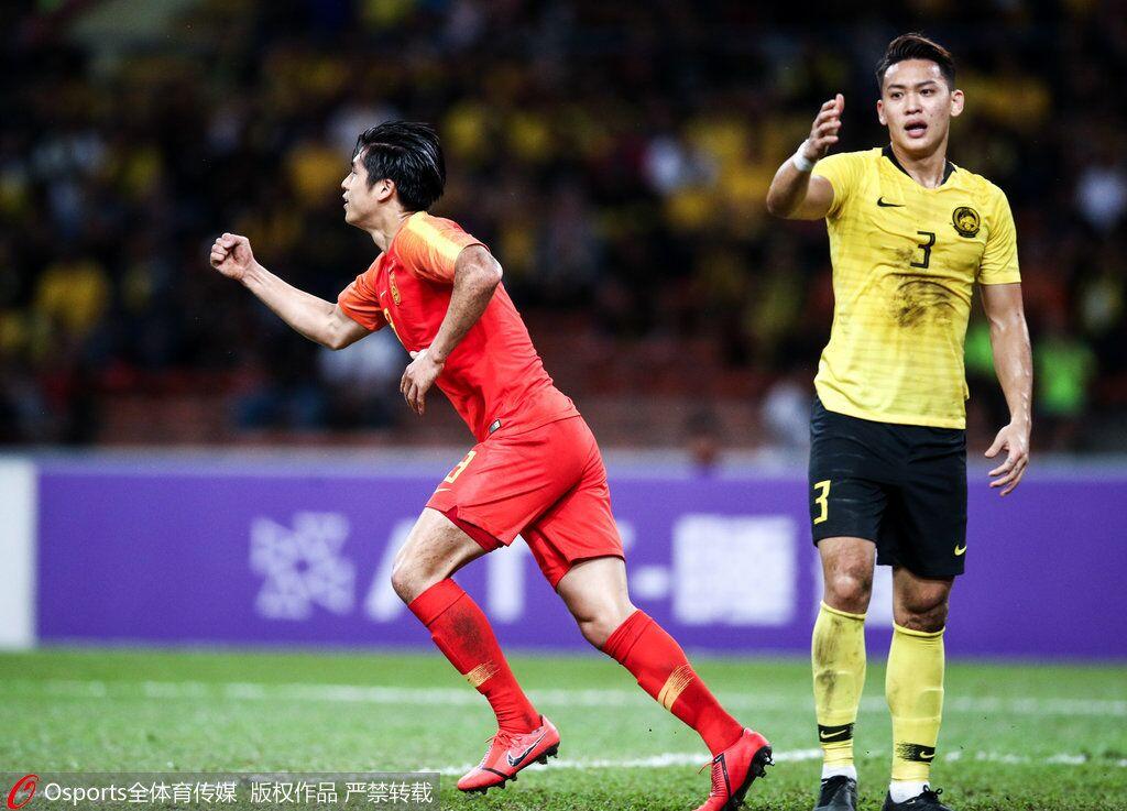 U23亚预赛:张玉宁蒋圣龙救主陈威送礼,国奥2-2大马