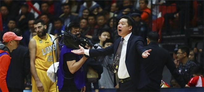 李春江:篮板球差距大导致球队输球