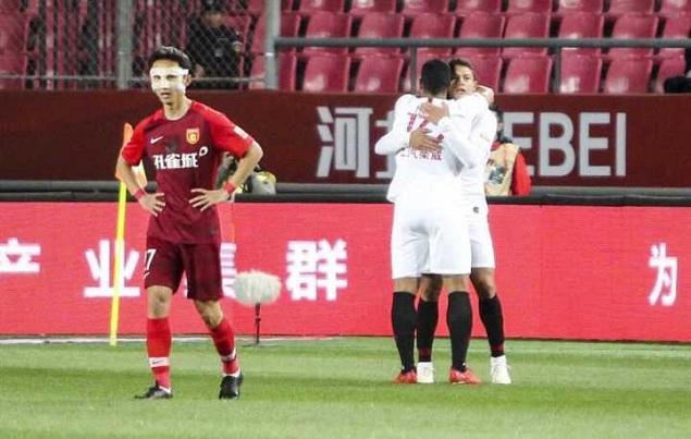 半场:耿晓峰送礼助埃神破球荒,华夏幸福0-1上港