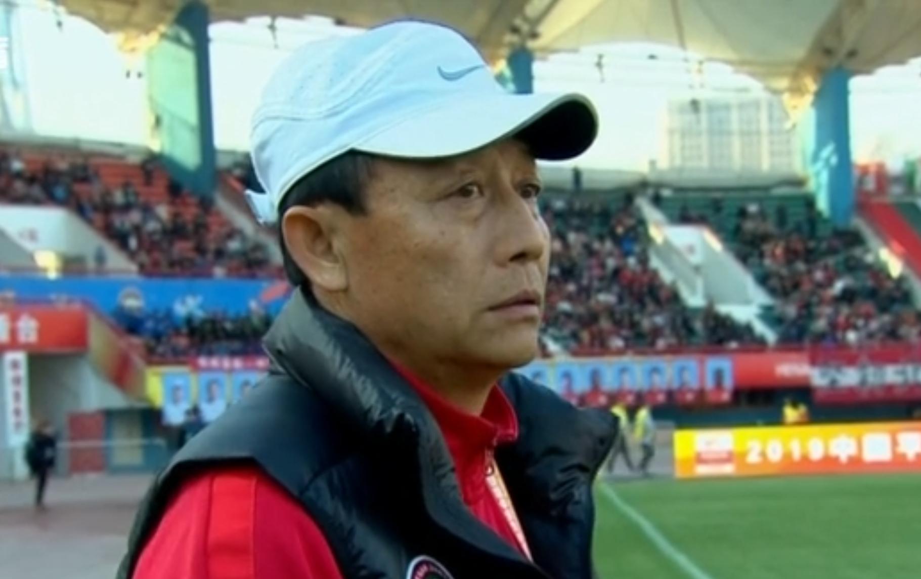 王宝山:球员创造了很多机会,最后时刻体能下降致丢球