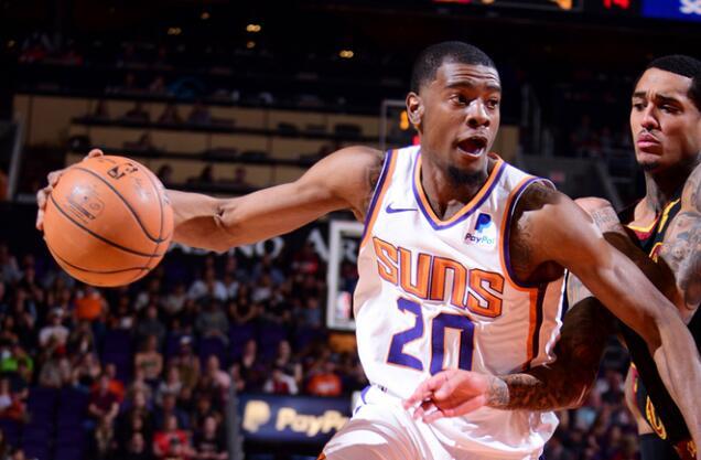 生涯盖帽数新高!约什-杰克逊砍下19分10篮板5盖帽