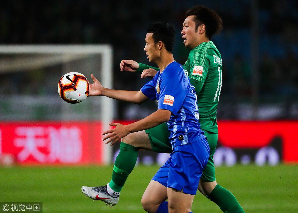 半场:张玉宁世界波于洋染红,国安1-0苏宁