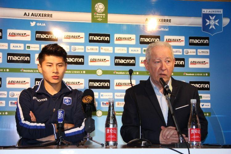 季骁宣:赴法踢球是为了挑战自己,希望尽快取得进球