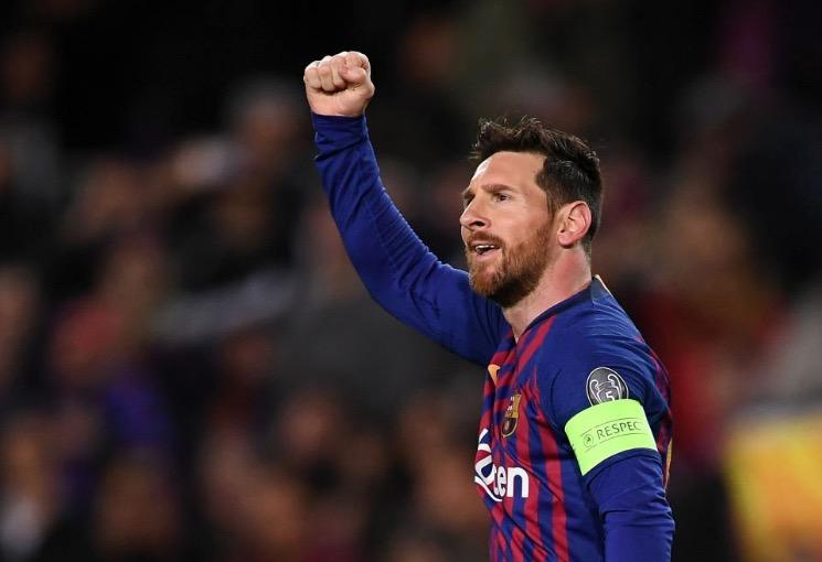 本赛季欧冠只有两位球员单场两次远射破门:梅西和内马尔