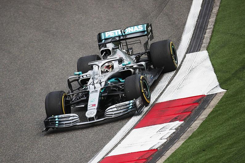 汉密尔顿:今年的W10赛车更难驾驭了