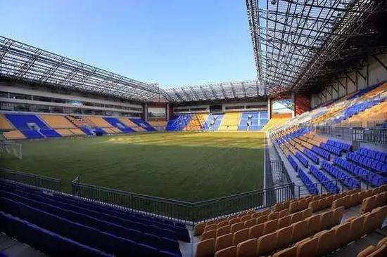 阿根廷vs瑞士预测 施蒂利克盛赞团泊足球场:这才是职业队应该有的主场