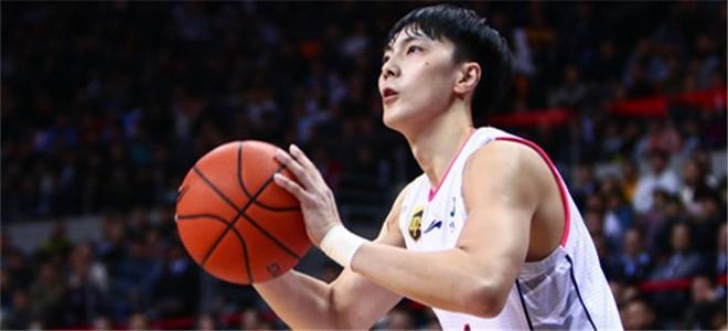 胡明轩:感谢杜指导,很开心能帮助到球队